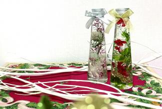 お好きな花材を選んで作る 冬を彩る煌めきハーバリウム